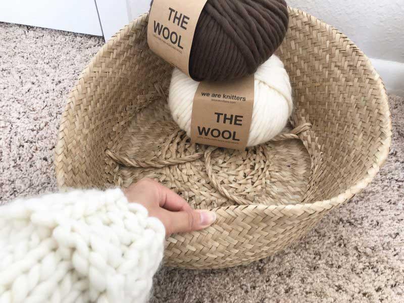 手編みのバスケット