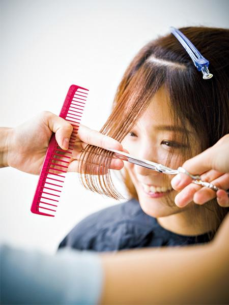 ニュアンスのある前髪【サイド流しスタイル】の作り方