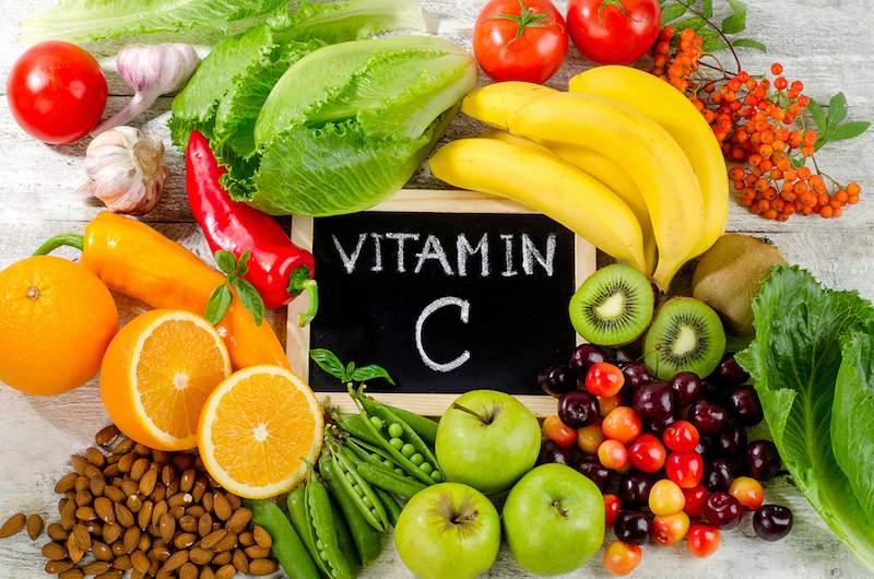 肌荒れを起こす可能性のある食べ物は避ける