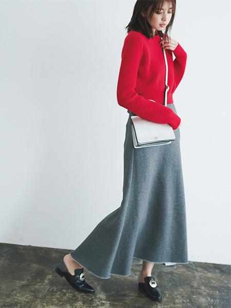 【24】赤ニット×グレースカート