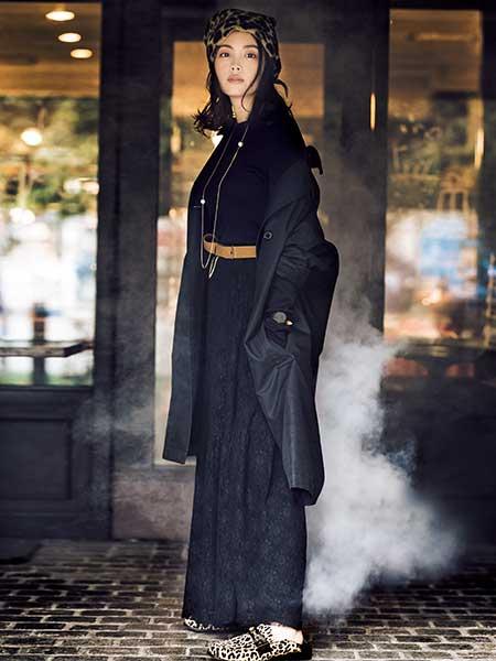 レオパード柄ローファー×黒ロングスカート