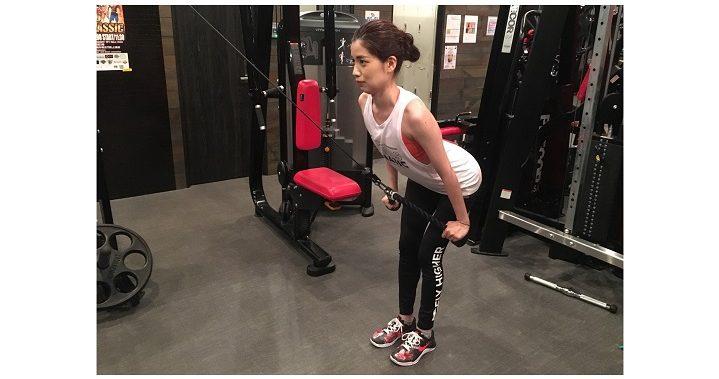 筋 プル トレ オーバー 「背中」の筋肉を鍛えるダンベルトレーニング10選!引き締まった背筋を手に入れよう