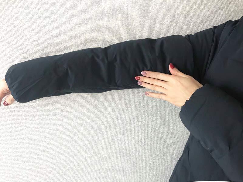 UNIQLO ユニクロ シームレスダウンショートコート 腕周りもすっきり