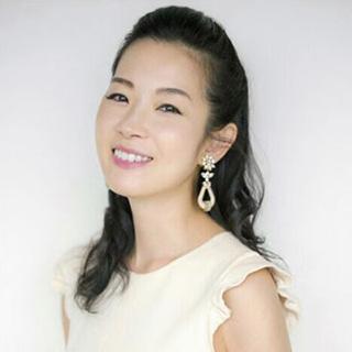 美容家・深澤亜希さん