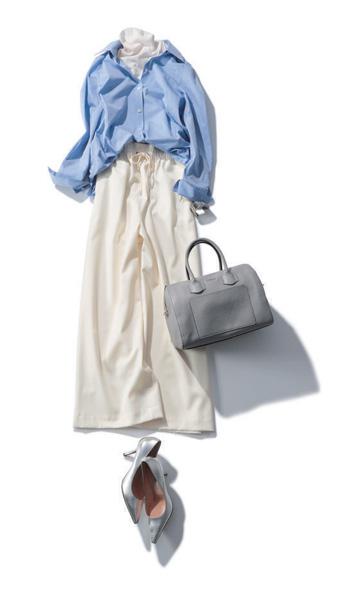 【3】白ワイドパンツ×ブルーシャツ×白ニット