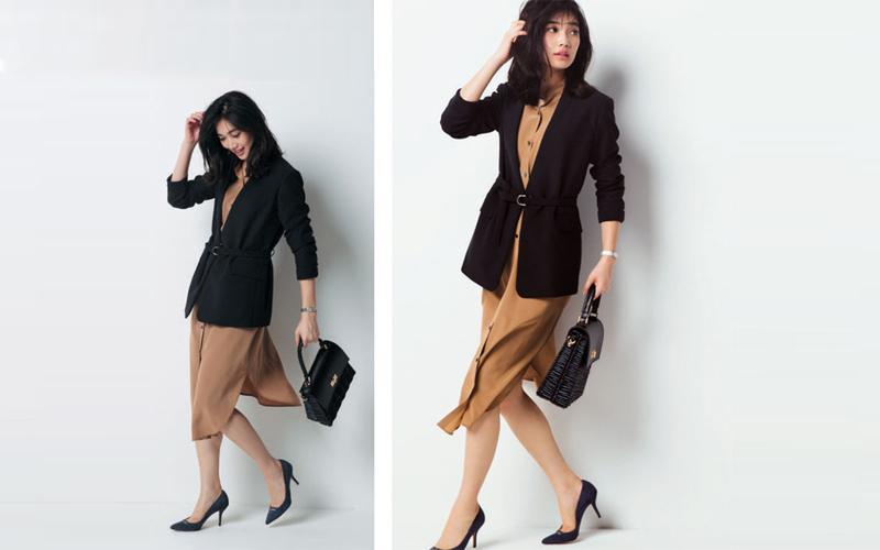 ベージュシャツワンピース×黒ジャケット