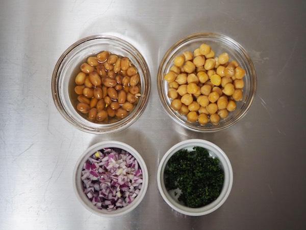 大豆とひよこ豆のマスカルポーネ和え 下準備