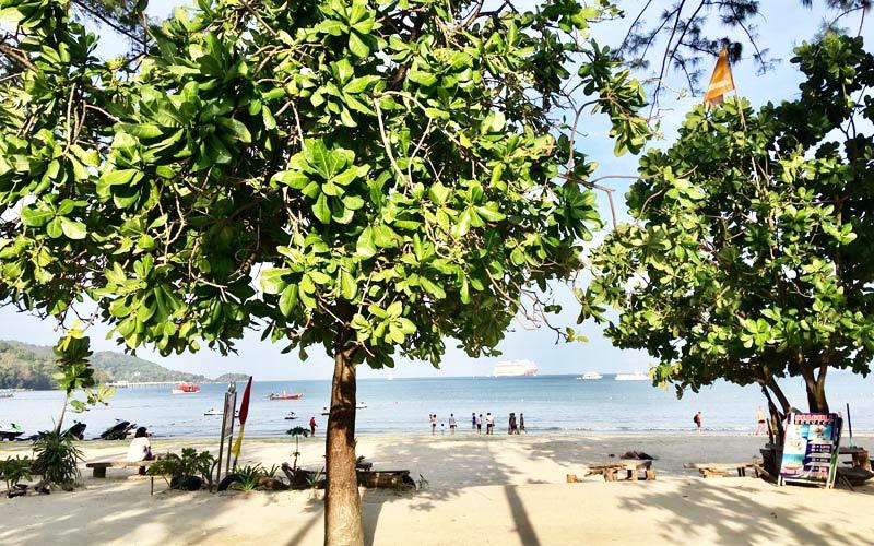プーケット島のパトンビーチ