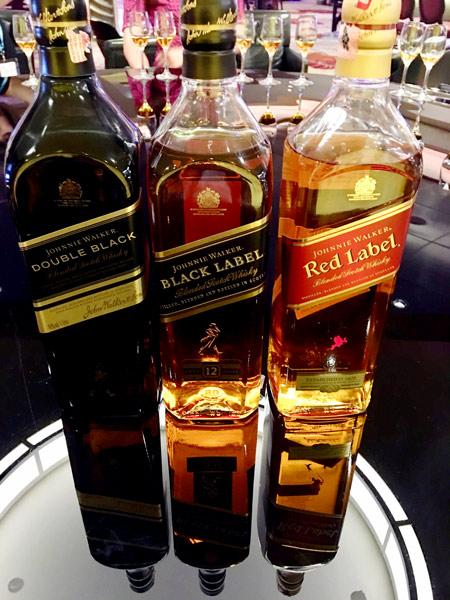 3種のジョニーウォーカーを飲み比べ