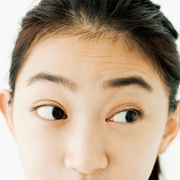 眼輪筋トレーニング NGな目の開け方