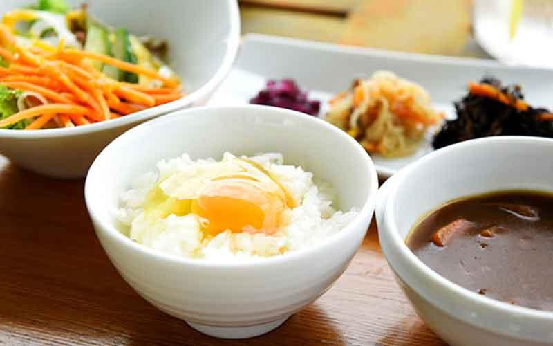 朝食 TKG