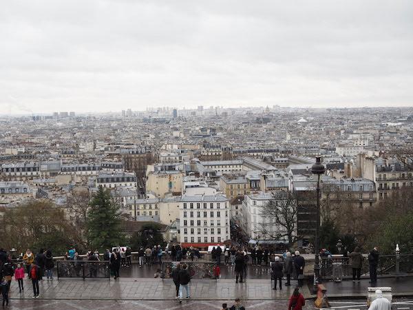 パリを一望