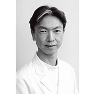 クイーンズ・アイ・クリニック 院長 荒井宏幸先生