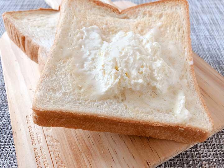 私のふわふわホイップバター トーストしたパンに塗る