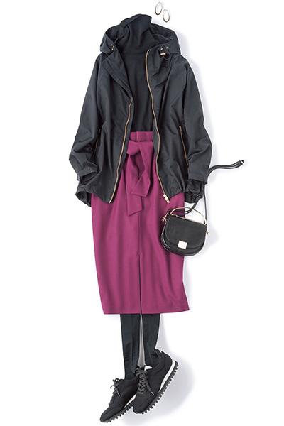 【4】黒スニーカー×パープルタイトスカート×黒ニット×黒ブルゾン
