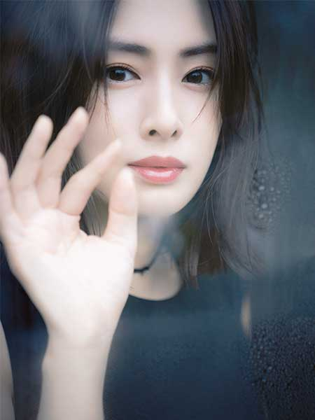 SHE & THE BASICS 黒ドレス 北川景子