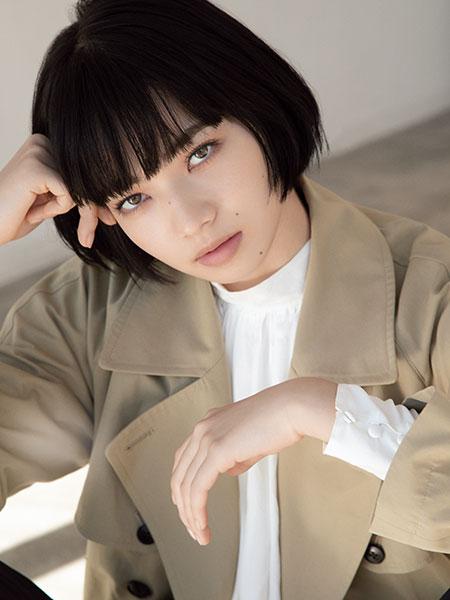 小松菜奈 SHE & THE BASICS トレンチ