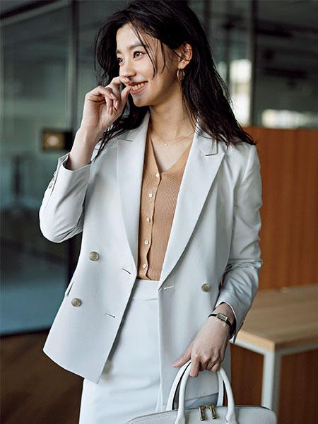 スーツのインナー