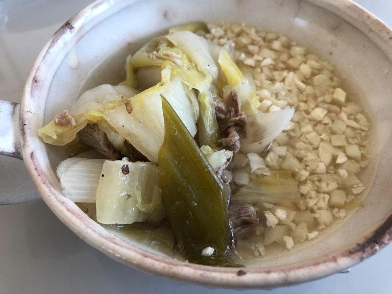 「カリフライス」白菜と豚肉のスープ