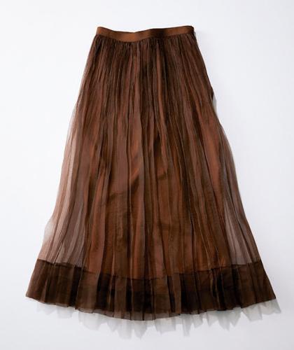 ブラウンのロングチュールスカート