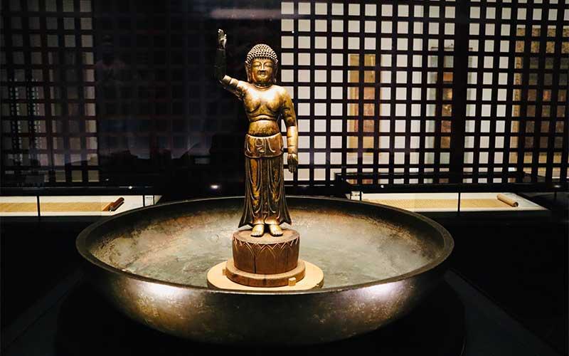 東大寺『誕生釈迦仏(たんじょうしゃかぶつ)』