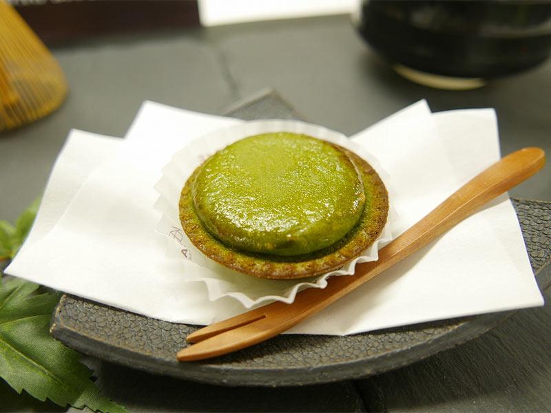 BAKE CHEESE TART(ベイクチーズタルト)「焼きたて抹茶チーズタルト『深緑』」