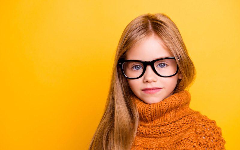半数の男子はメガネ女子好き!
