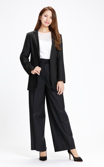ドローイング ナンバーズのパンツスーツ