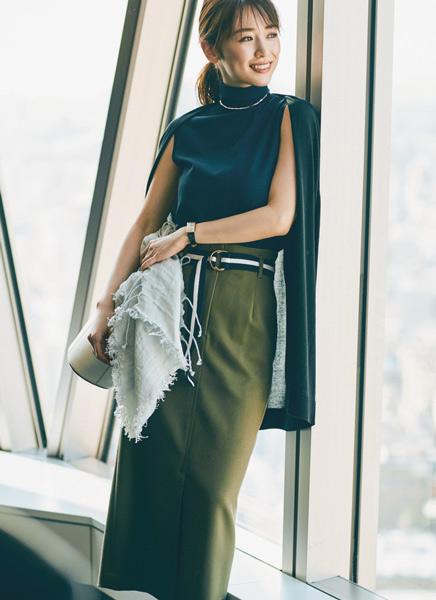 【1】カーキタイトスカート×ネイビーニット×黒ロングカーディガン