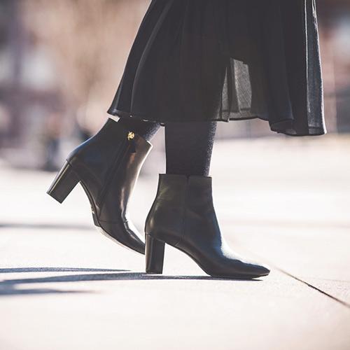 重めなブーツスタイル