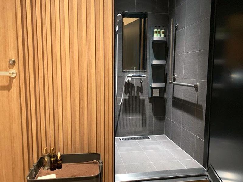 パンピューリ銀座 スパ「パンピューリ オアシス」 シャワー室