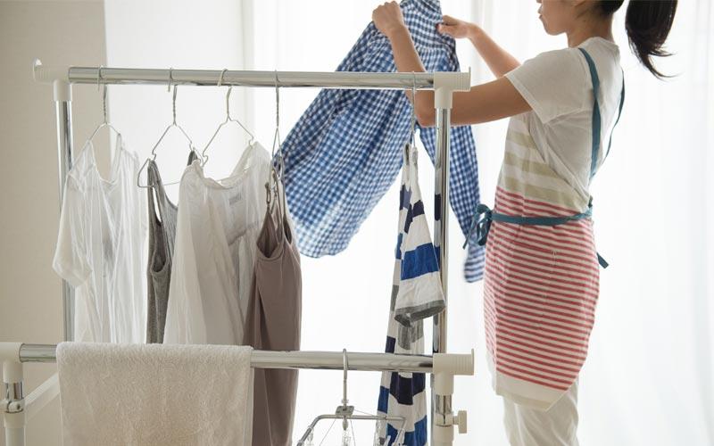 洗濯物の表面積を広げて乾かす