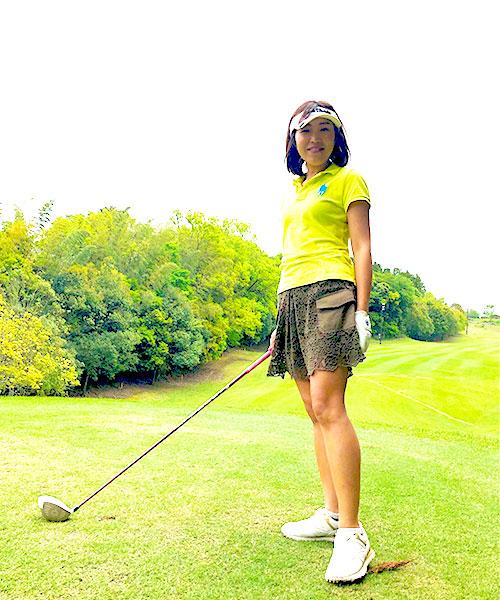 門司紀子さんの夏ゴルフファッション