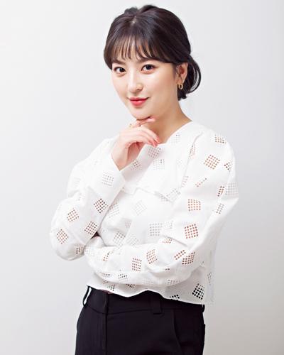 「byneuf」ディレクター兼モデル ク・ソジョンさん