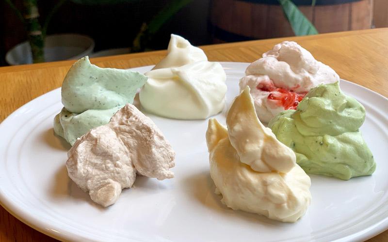 食べ放題の生クリームは6種類