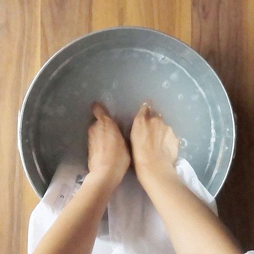 ぬるま湯ですすぐ