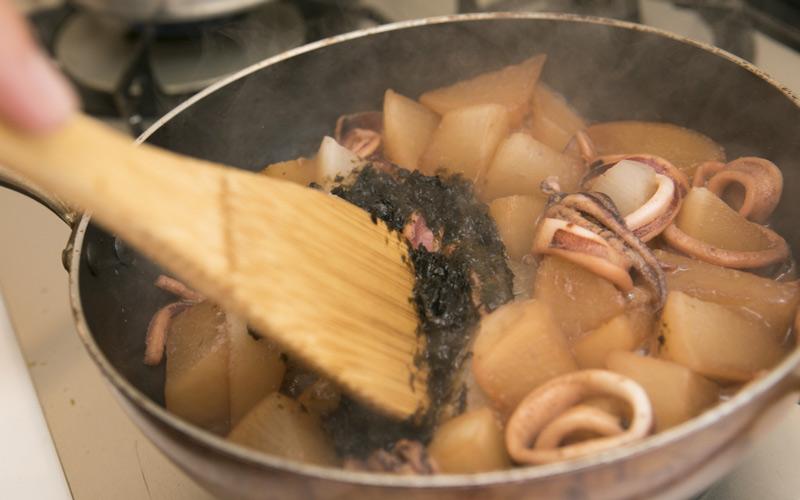海苔の佃煮も加え、ある程度煮詰める