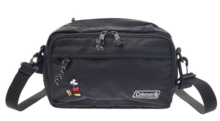 アウトドアブランドの高機能バッグ