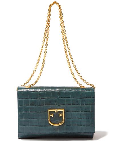 深いグリーンが印象的な上質なバッグ