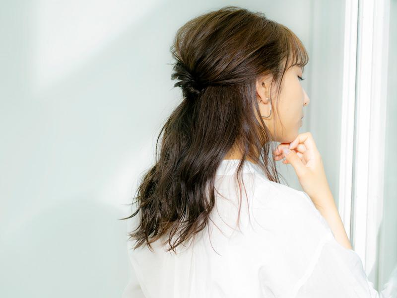 新内眞衣 ハーフアップ