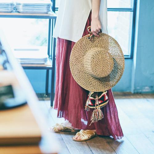 「ラックオブカラー」の麦わら帽子