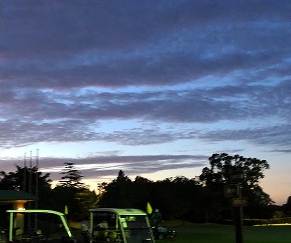 早起きゴルファー