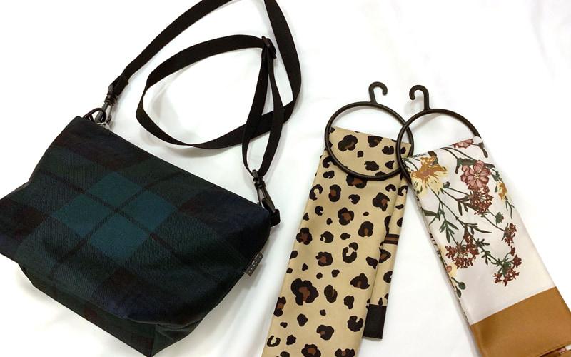GUの秋アイテム スカーフとバッグ