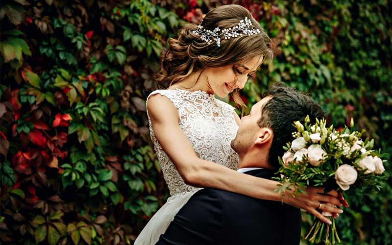 年上男性と結婚したい女性の「理由」とは