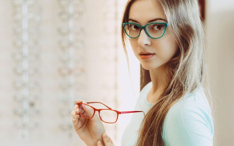 ファッション系統別メガネフレームの選び方