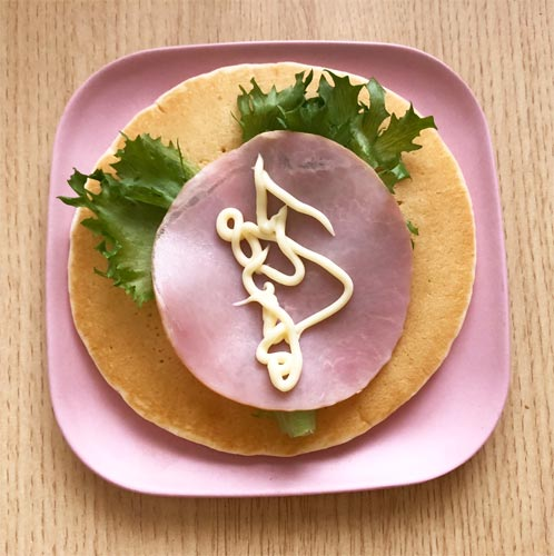 マリンフード「巻けるパンケーキ」 レタスとハムとマヨネーズ