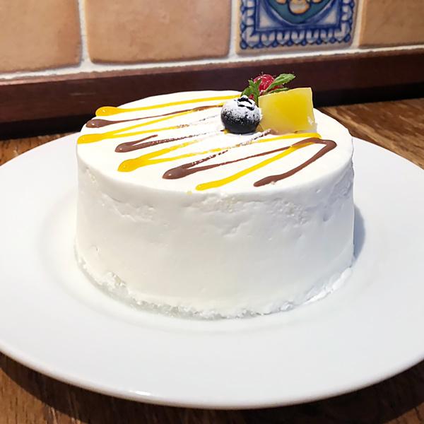【セバスチャン】マンゴーヨーグルトとガナッシュのショートケーキ