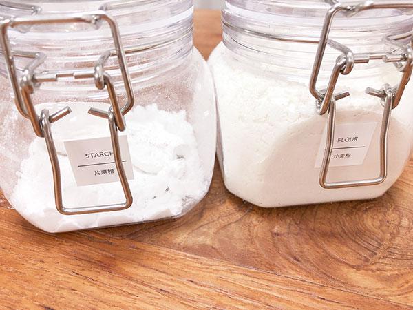 片栗粉と小麦粉