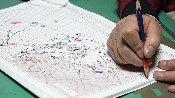 天気図を手書きする