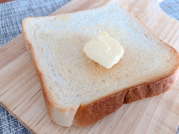 トーストしたパンに乗せて食べてもOK